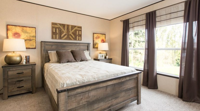 Manufactured-THE-LAKEVIEW-SIG28563D-41SIG28563DH-Master-Bedroom-20170606-1345253655615