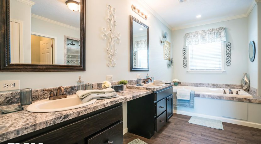 Woodland-The-Millwood-WL-8030-bathroom-1